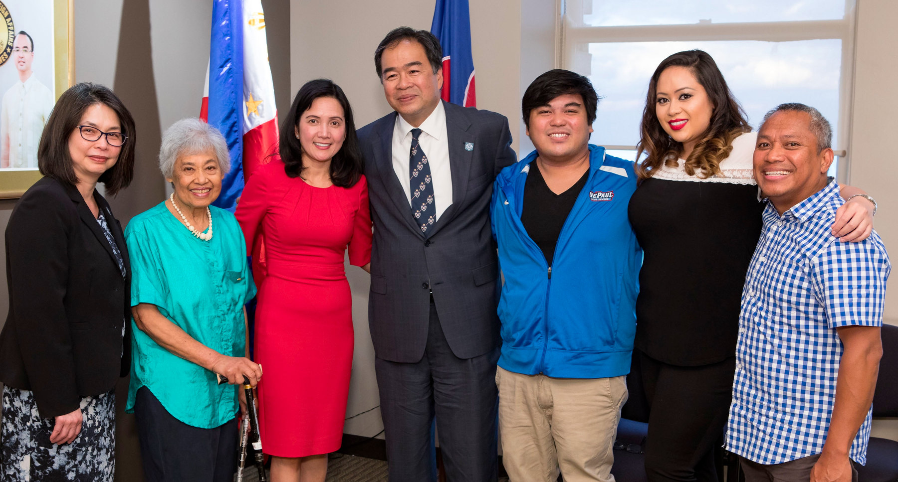 FILIPINO-AMERICAN COMMUNITY WELCOMES DR. AND MRS. ESTEBAN