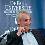 Chicago Mayor goes off the record with journalism students