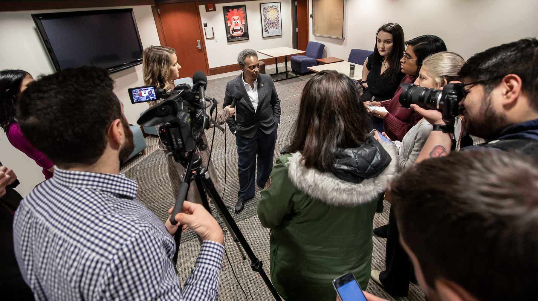 After the candid conversation, Lightfoot was interviewed by journalists from DePaul University student media outlets. (DePaul University/Jeff Carrion)