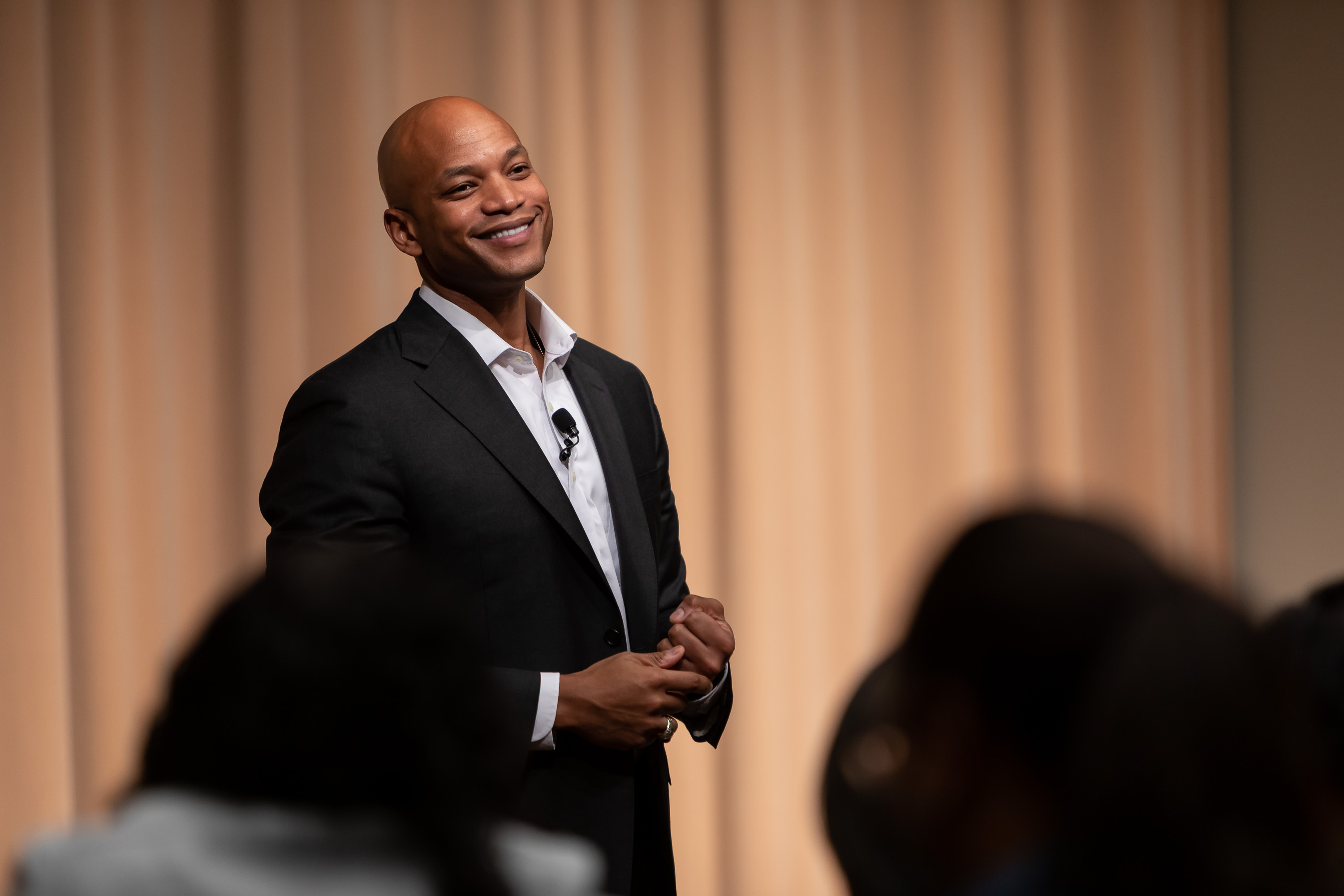 Wes Moore, best-selling author, Army veteran, social entrepreneur and CEO of Robin Hood, one of the largest anti-poverty organizations in the country, delivers his keynote address. (DePaul University/Jeff Carrion)
