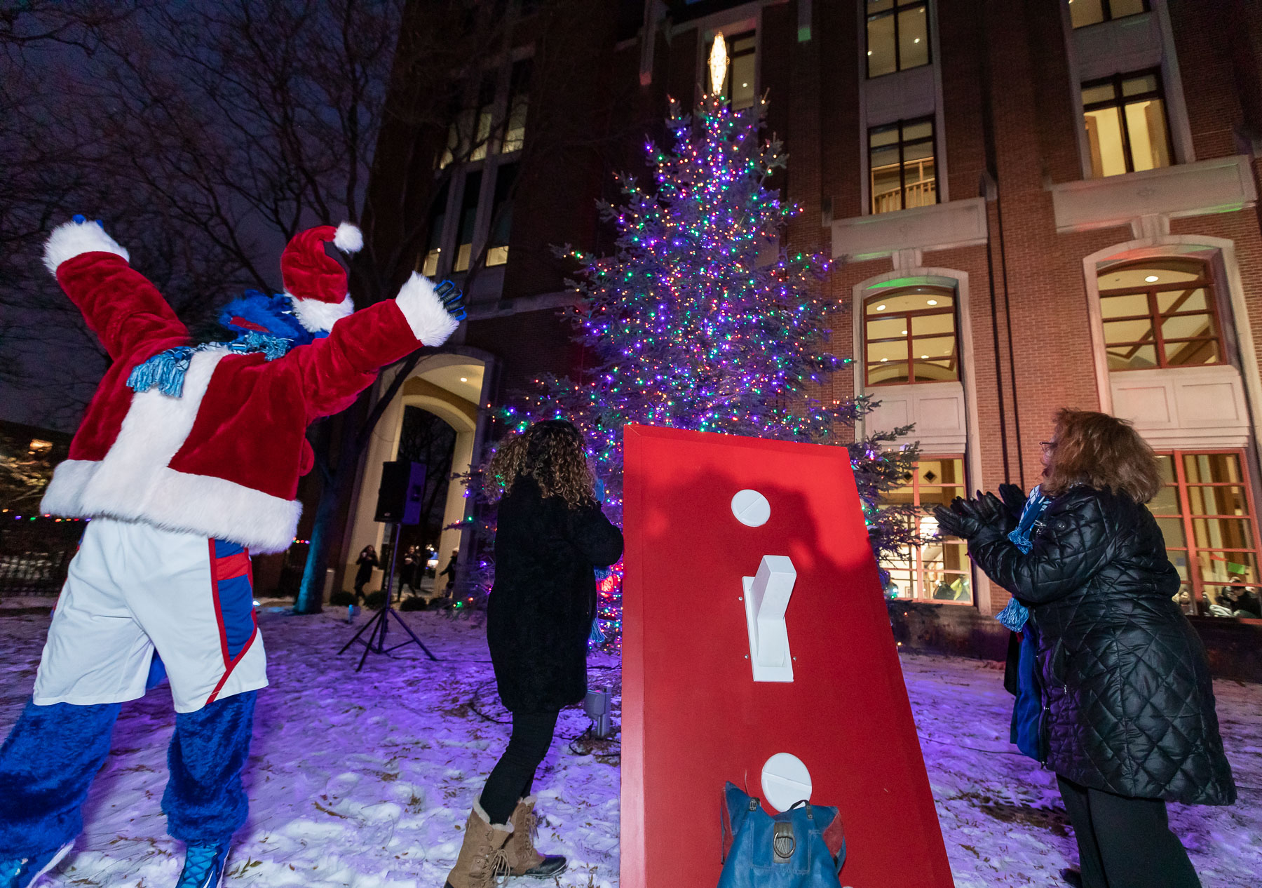 A flip of the switch and DePaul's beacon is lit to guide students back from their holiday break in January. (DePaul University/Jeff Carrion)