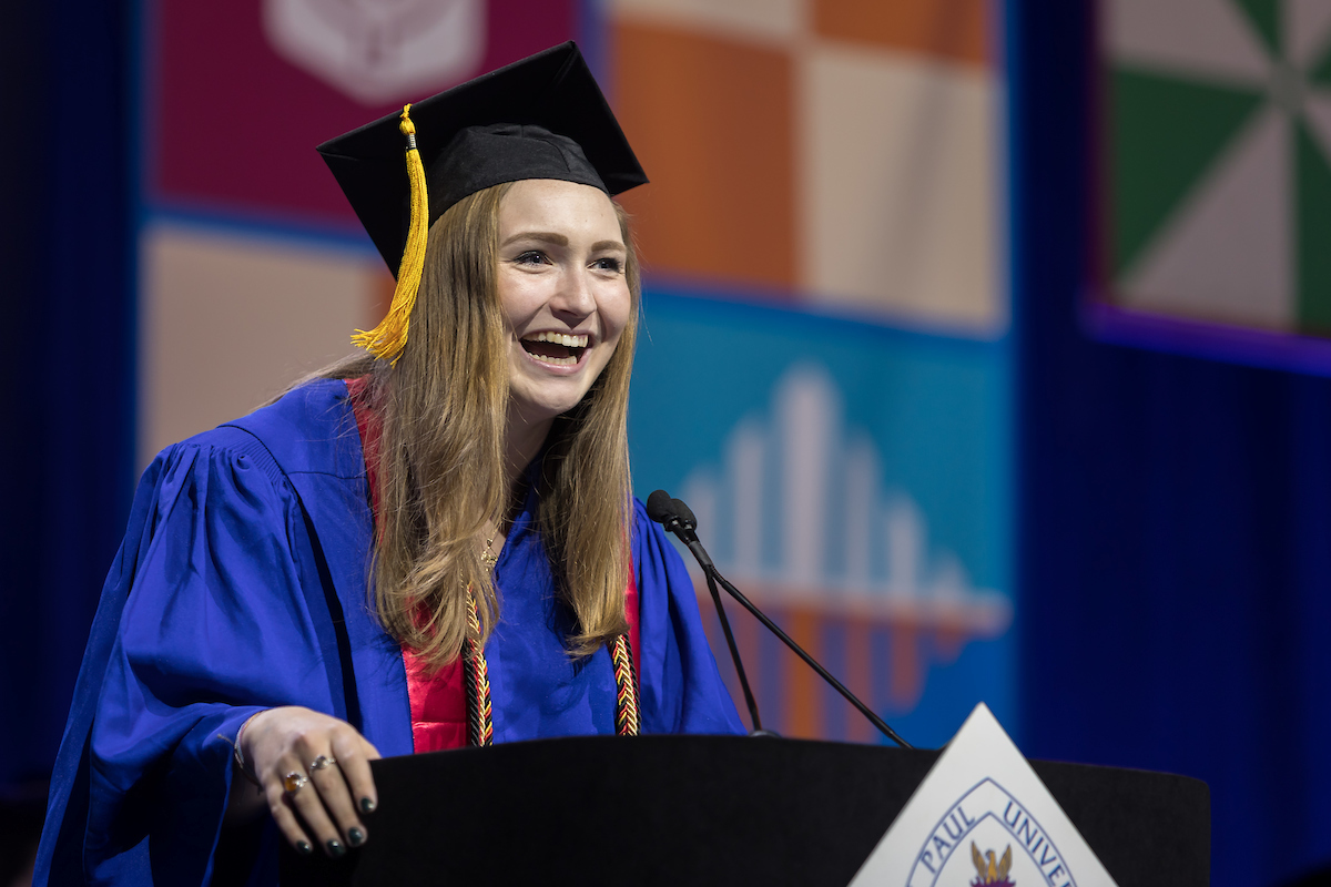 Rachel Pride delivers the student address at the DePaul University commencement ceremony for the College of Science and Health  and the College of Education. (DePaul University/Jeff Carrion)