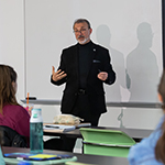 'Wicked problem' of homelessness: Honors seminar taught by DePaul deans