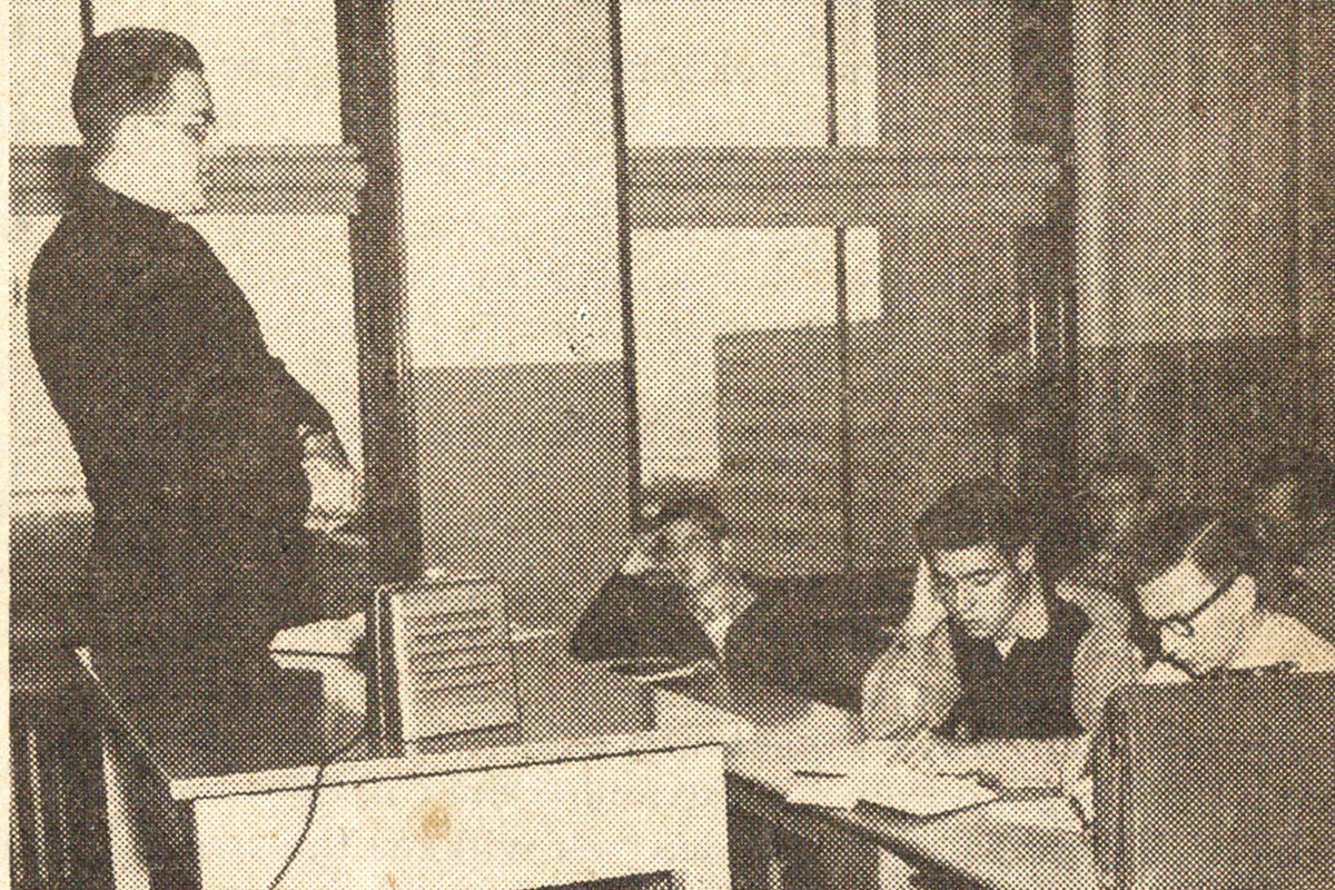 A 1956 DePaul classroom equipped with the portable speaker unit, with Fiori on the other line listening to a philosophy lecture. (Image courtesy of Special Collections and Archives)