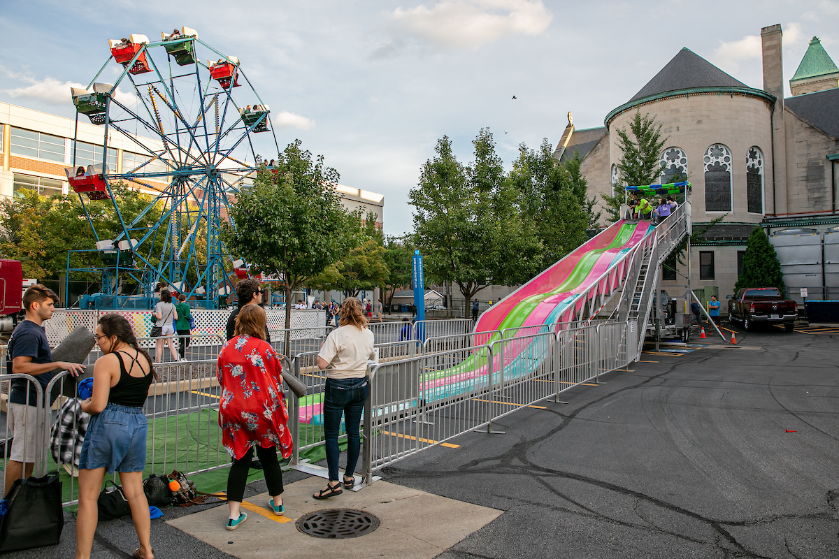 Students ended 2019 Welcome Week with a Ferris wheel, slides and other fun activities at First Friday Fun, and event organized by Courtney James and her team. (DePaul University/Randall Spriggs)