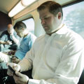 Study: More Chicago Metra riders glued to electronics