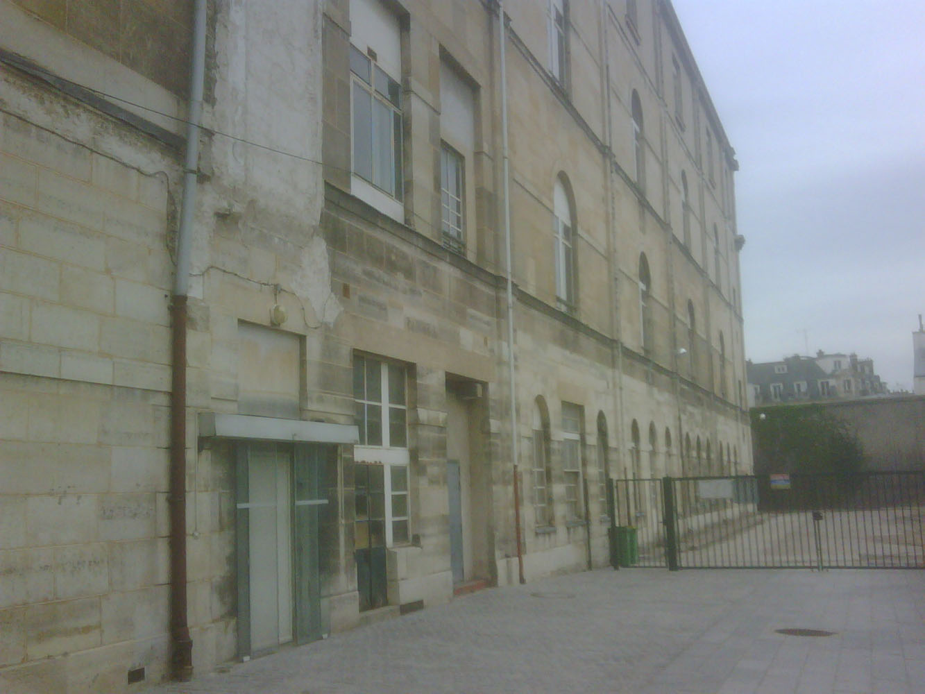 Prison Saint-Lazare, exterior view, infirmary wing, prison wall